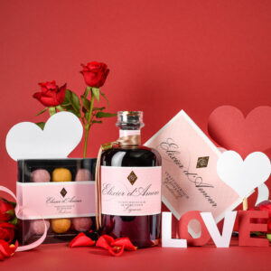Geschenkset Elixier d'Amour Liquer, Cocktailheft & Pralinen