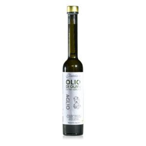 Feines Olivenöl mit Knoblach